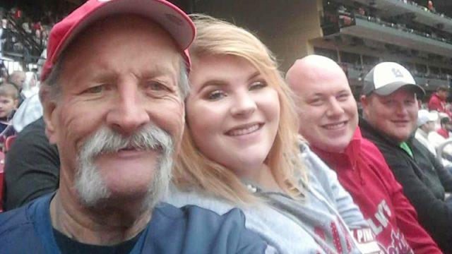 Семья отпраздновала Рождество в июле, чтобы исполнить желание умирающего отца. Этот день они никогда не забудут!
