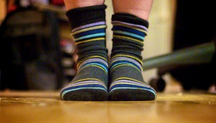 Мужчину госпитализировали с тяжёлой лёгочной инфекцией после того, как он понюхал собственные носки