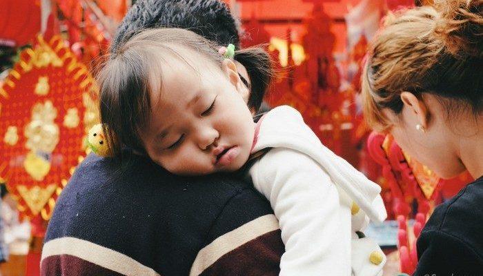 Китайская пара надеется на воссоединение с дочерью, которую у них отобрали 32 года назад