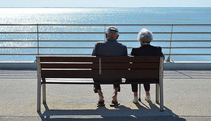 Супруги прожили 70 лет вместе и умерли в один день, держась за руки