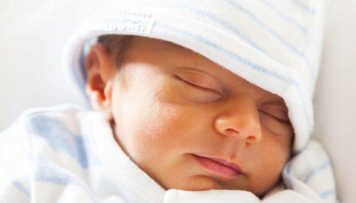 Девочка родилась весом 450 грамм почти без шансов на выживание. Но врачи недооценили её упорство!