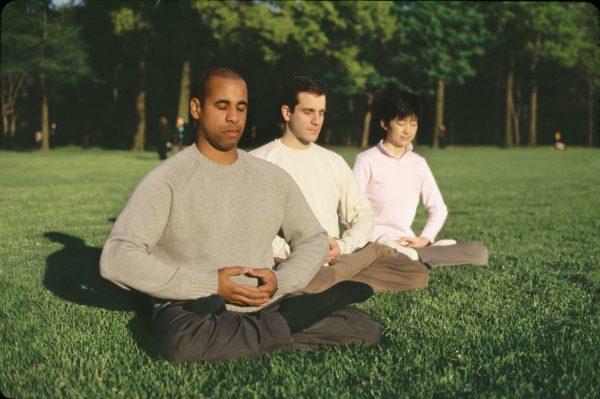12 известных людей, которые уверены: без медитации они бы не достигли таких высот