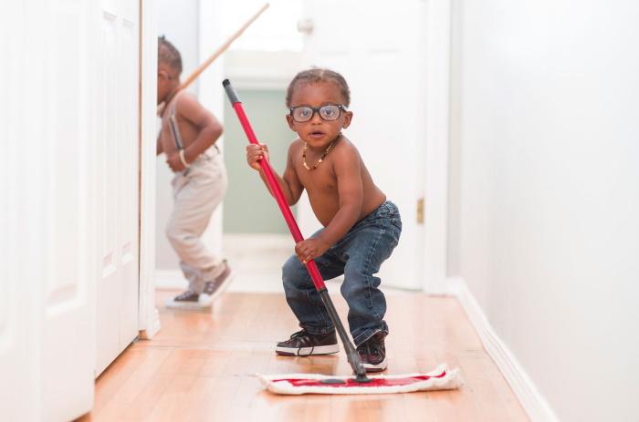 Как научить ребёнка убирать за собой? Мама троих детей предлагает оригинальный подход