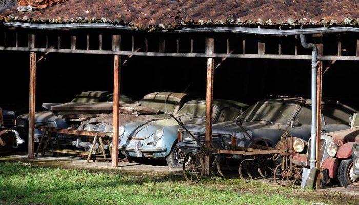 Коллекцию машин на 28,5 млн долларов нашли в сараях старой фермы. Они ждали 50 с лишним лет!