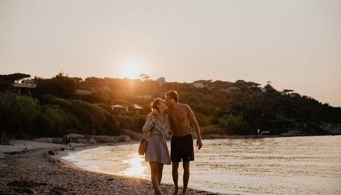 Романтичное видео о встрече возлюбленных с разных континентов доказывает: расстояние не помеха настоящей любви!