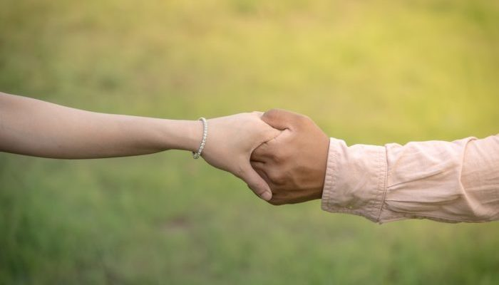 (Фото) Вопреки сплетням и злословию! Мужчина ростом 90 см очень даже счастлив в браке