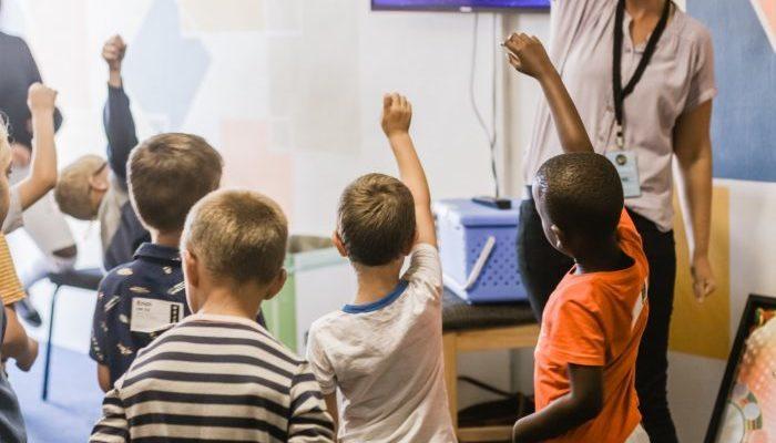 15 лет учитель даёт родителям одно и то же задание. Результат последних лет больше чем огорчает