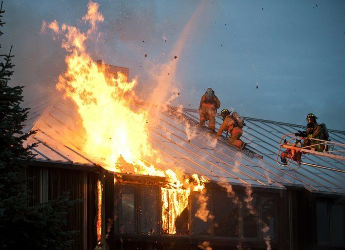 При пожаре нельзя допускать ошибки