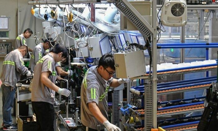 Вспышка коронавируса COVID-19 привела к сбоям в мировом автомобилестроении