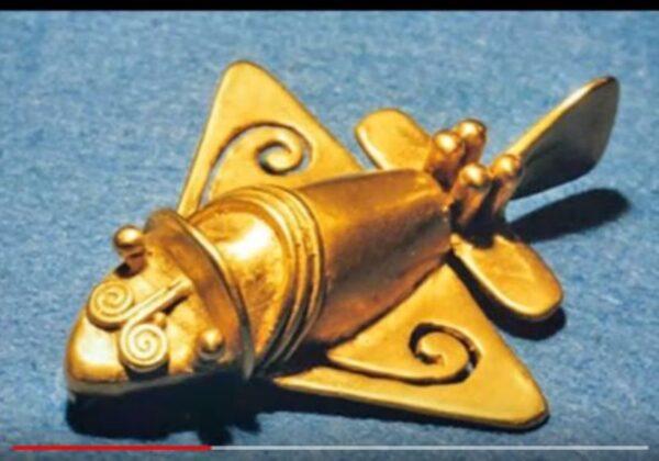 золотой самолётик инков