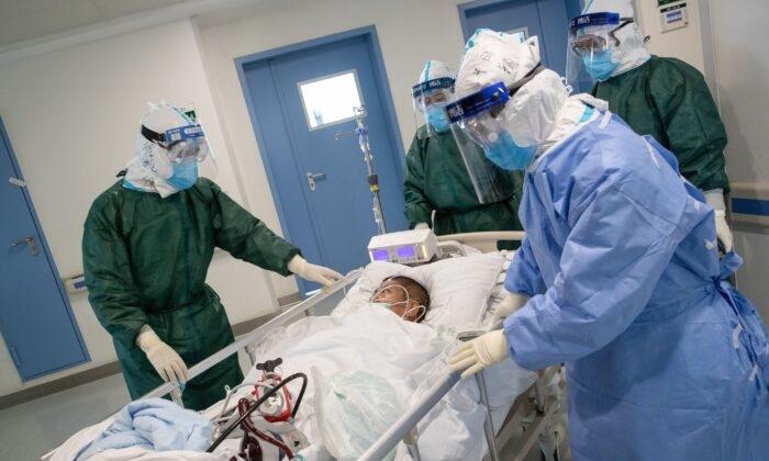 Высокий уровень смертности от нового коронавируса среди тяжелобольных пациентов выявило исследование