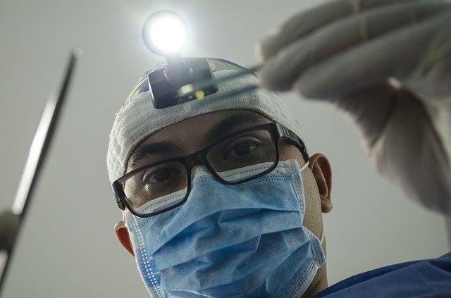 Студент-стоматолог потратил грант в 400 тыс. руб. на жителей родной глубинки. И их благодарность для него лучшая награда!