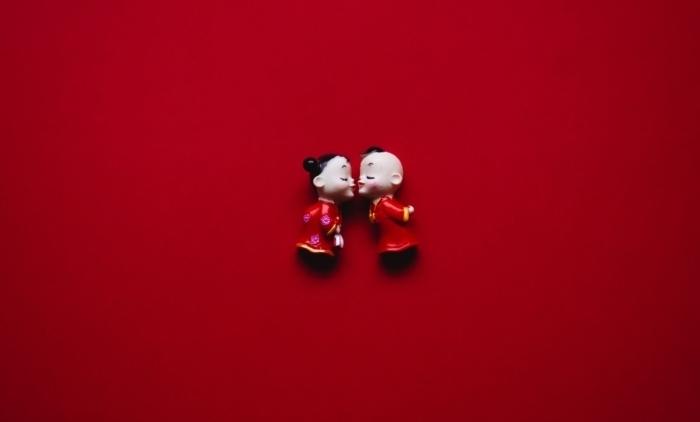 Букет из защитных масок стал лучшим подарком на День святого Валентина в Китае