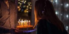 На 18-летие девушка получила подарок, который дожидался её 17 лет