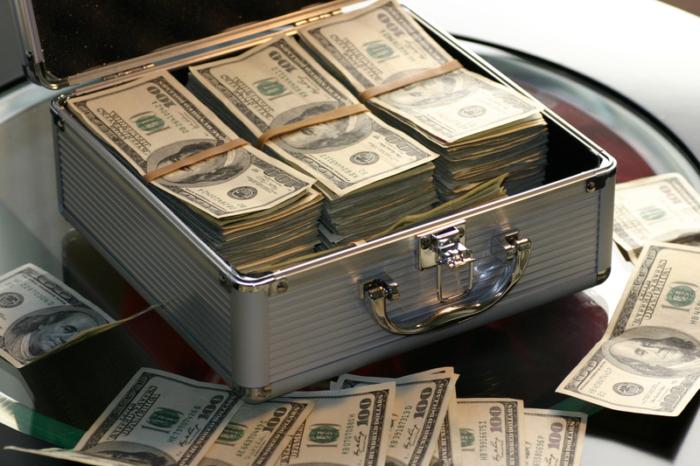 После смерти скромной старушки выяснилось, что она миллионер! Но родственники не получили ни цента