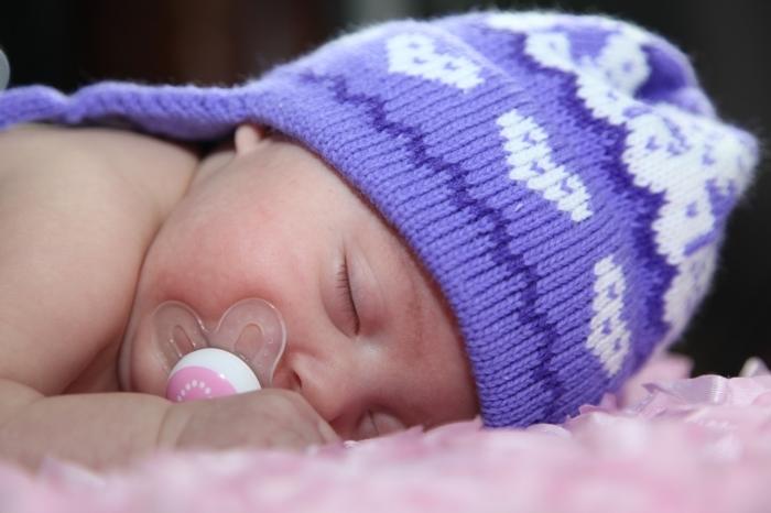 Мама рассказала о симптомах COVID-19 у младенца и попросила родителей обратить на это внимание