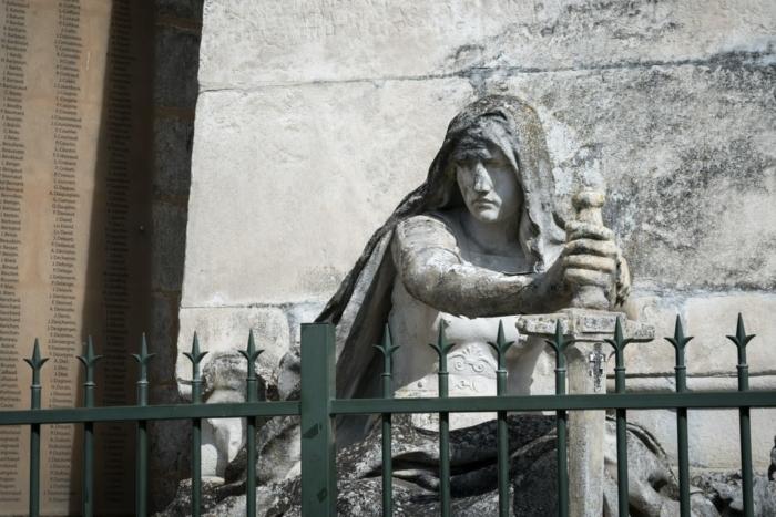 Ньютон, Шекспир и да Винчи тоже сидели на карантине. Чем же они занимались?