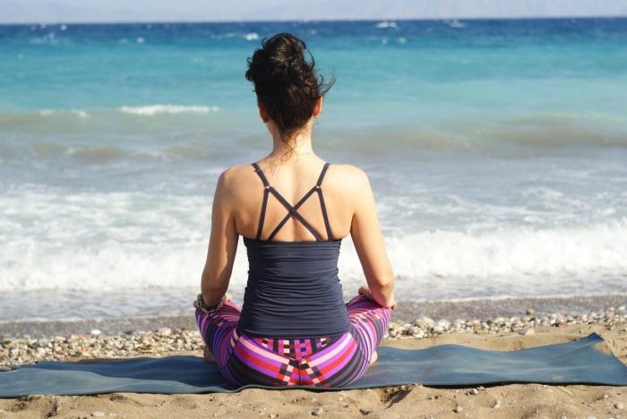 Медитация и осознанный приём пищи сделают вас стройнее