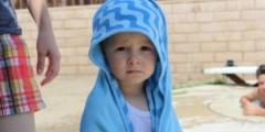 Сердце 3-летней девочки не билось 12 минут, но мама изо всех сил боролась за жизнь дочки