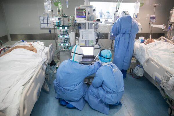 лечение больных COVID-19 в Китае