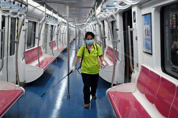 дезинфекция в пекинском метро