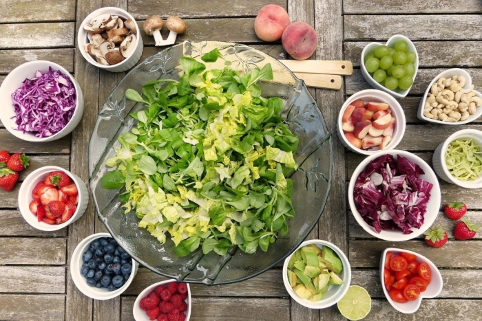 салат, ягоды, грибы