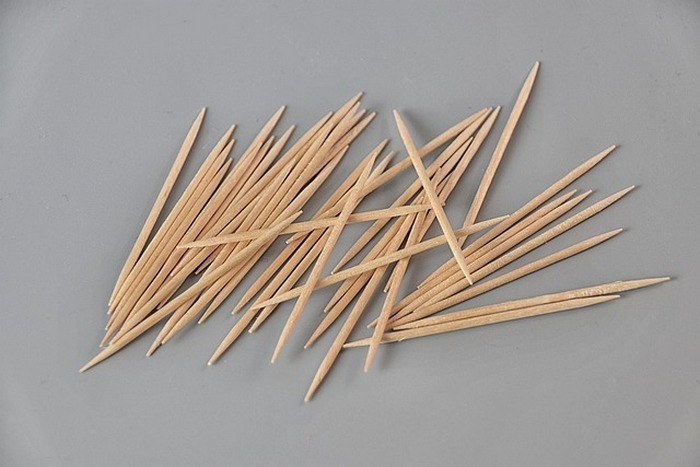 Выбор нашего редактора: Зубочистки и палочки для еды из Китая. Безопасно ли ими пользоваться?