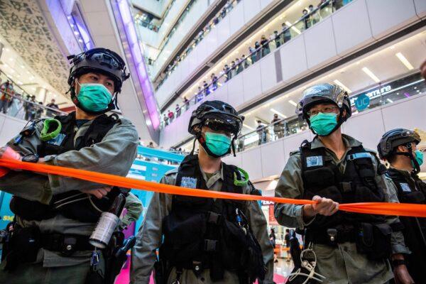 Новый закон о безопасности предвещает авторитарную эру в Гонконге?