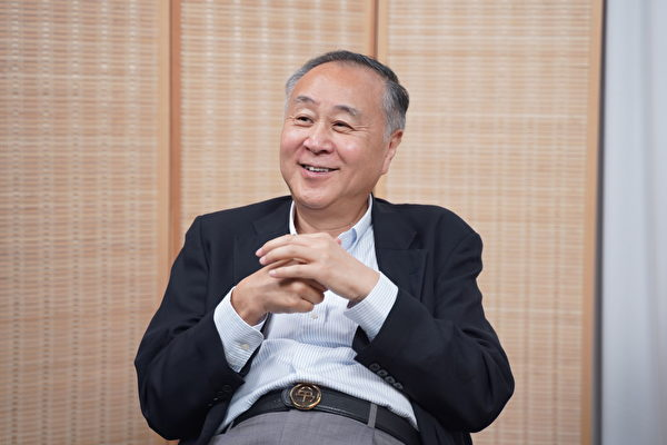 Элмер Юэн, предприниматель из Гонконга