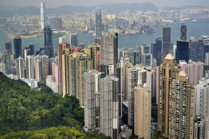 США отменили торговые льготы Гонконга и ограничили экспорт, потому что Китай принял закон о национальной безопасности острова