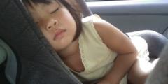 12-летняя девочка быстрее учёных сообразила, как спасать малышей в перегретых автомобилях