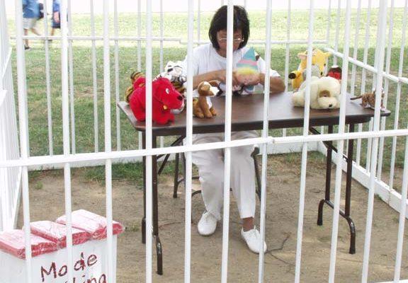 Демонстрация принудительного труда заключённых в китайских тюрьмах
