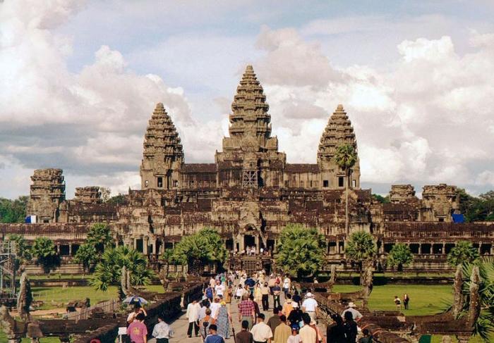 Храм Ангкор-Ват — суперсооружение древности, затерянное в джунглях. Секреты древних строителей