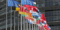 Евросоюз призывает Пекин освободить китайских адвокатов-правозащитников