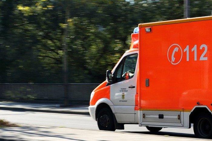 Игрушечная машинка скорой помощи помогла 5-летнему ребёнку спасти маму, которая впала в диабетическую кому