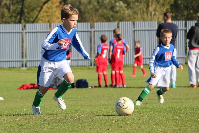 7-летнего футболиста толкнули на тренировке. Кто бы мог подумать, что это спасёт ему жизнь!