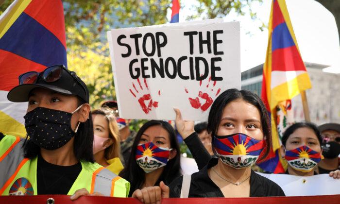 150 правозащитных групп выступили против правления коммунистической партии Китая