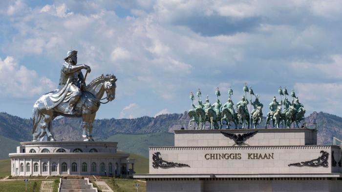 Власти Китая пытались запретить слово «Чингисхан» на выставке, посвящённой Чингисхану. Но французский музей не пошёл на это
