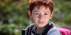 Мама думала, что 5-летний сын начал хандрить из-за карантина. А у него оказалась опухоль мозга!