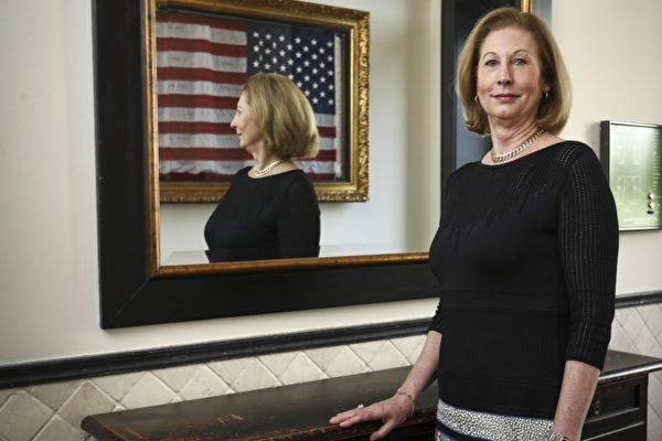 Сидни Пауэлл, автор бестселлера «Лицензия на ложь» и ведущий адвокат более чем 500 апелляций в Апелляционном суде пятого округа США, 30 мая 2019 года