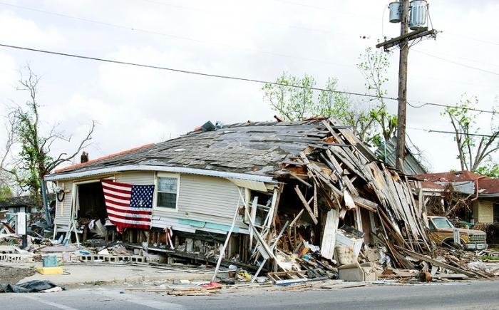 12-летний мальчуган нашёл способ помочь жертвам сильнейшего урагана восстановить их разрушенные дома