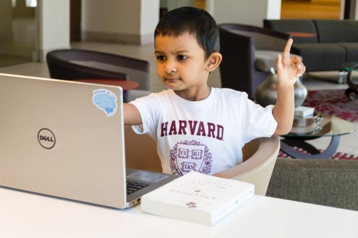 6-летний гений стал самым юным программистом в мире и попал в Книгу рекордов Гиннеса