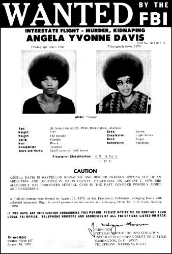 18 августа 1970 года директор ФБР Джон Эдгар Гувер внёс Анджелу Дэвис в список «Десяти самых разыскиваемых беглецов» ФБР