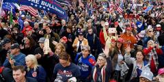 Трамп и 74 млн американцев сражаются за демократию, Конституцию и традиционные ценности
