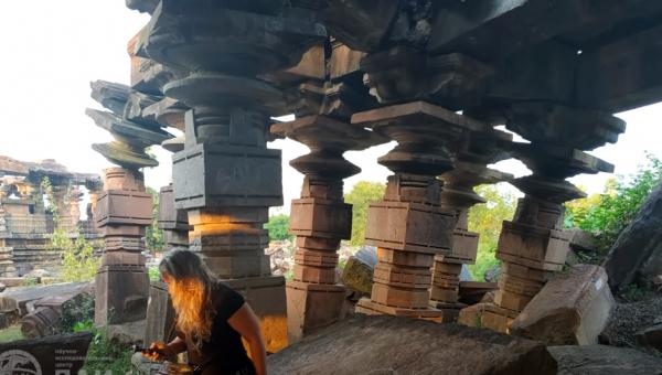 Развалины древнего индийского храма