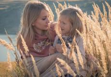 Нерождённая дочь простила мать за аборт. Околосмертный опыт, после которого многое изменилось