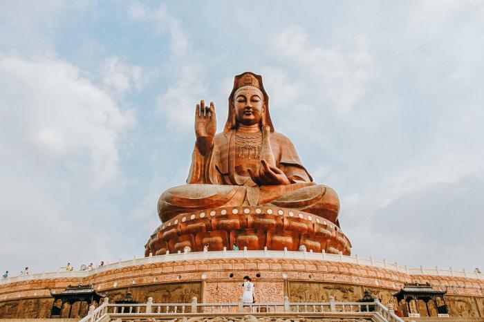 Скульптура Бодхисаттвы Гуаньинь