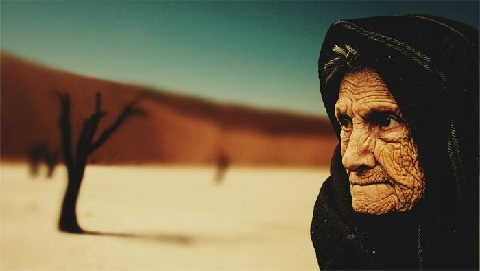 Корзиной жемчуга отблагодарила нищая старушка щедрого благодетеля