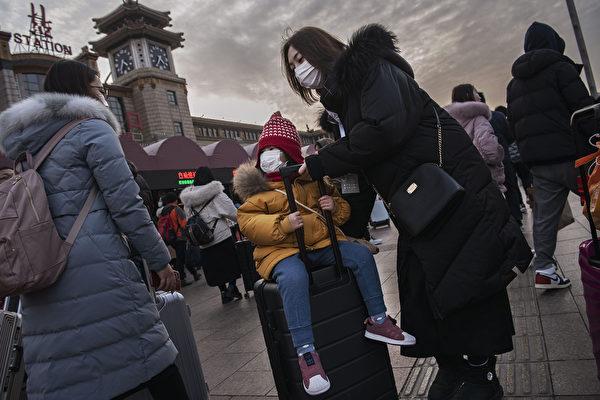 Год назад власти Китая всё же закрыли Ухань после категоричных отрицаний эпидемии. Вспоминаем, как это было