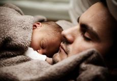 Отецтак хотел увидеть рождение сына, что отпросился с работы. И это спасло ему жизнь!